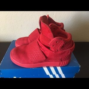 Adidas Tubular Invader Strap Triple Red size 10c